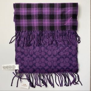 🆕 Coach purple scarf